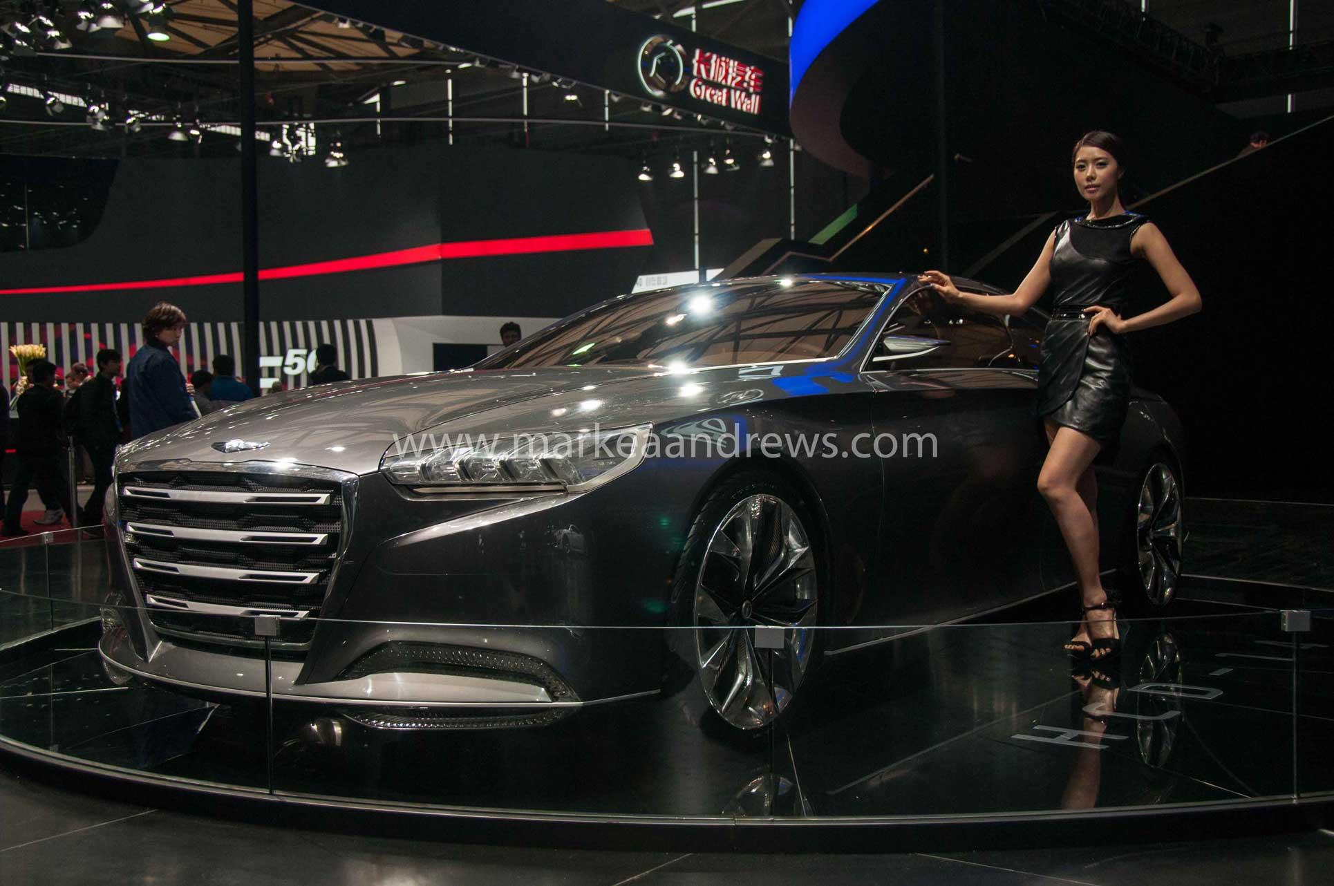Shanghai-Auto-Show-2013-1